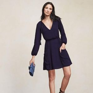 Reformation size 6 long sleeve navy dress